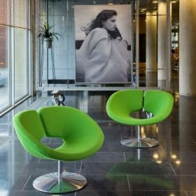 Moderne design fauteuils voor luxe kantoorinrichting modern kantoor