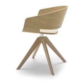 Andreu World Ronda houten stoel met ronde kuip