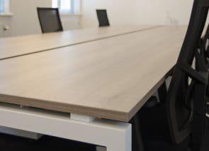 kantoorinrichting Maastricht tafel met stoel