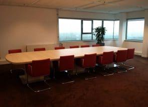 kantoorinrichting Utrecht vergadertafel