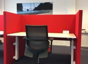 Akoestische bureauwanden tegen geluidsoverlast op kantoor