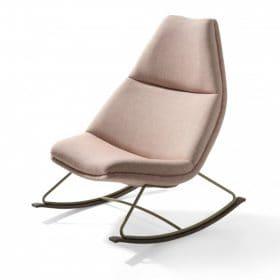Schommel fauteuil in moderne vormgeving speels ontwerp past bij het nieuwe werken