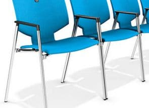 Moderne stapelbare zaalstoel met stoelnummer