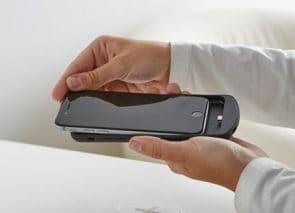 je telefoon draadloos opladen op je werkplek