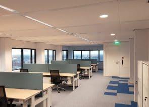 Litebit kantoor werkplekken met akoestische bureauwanden