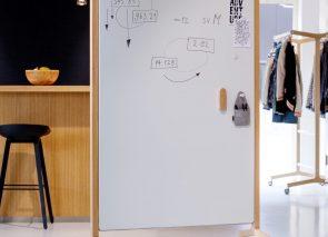whiteboard op wielen voor mobiel vergaderen