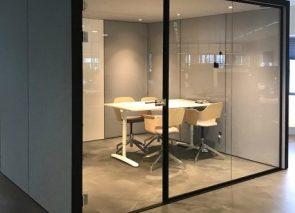 de Blick CubeMeet akoestische concentratie unit geschikt voor vergaderingen met 4 tot 6 personen