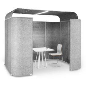 Kleine vrijstaande vergaderruimte ideaal voor kantoortuin