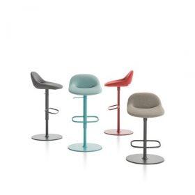 Artifort Beso kruk - design Khodi Feiz
