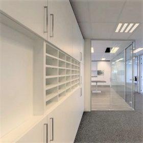 Interieurbouw kast naar wens van de klant ontworpen en uitgevoerdInterieurbouw kast naar wens van de klant ontworpen en uitgevoerd