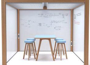 Vrijstaande ruimte oplossing met whiteboards als wandafwerking bv voor scrum overleg op kantoor