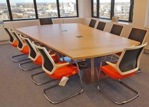 Maatwerk vergadertafel voor Litebit
