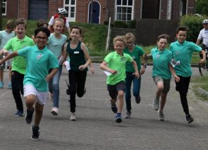 Sponsorloop Basisschool de Vendelier voor nieuw schoolplein