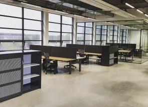 Stazit werkplekken van Voortman bij Signet op Strijp-T in Eindhoven
