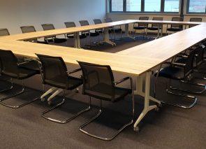Vergaderkamer bij van Munster met verrijdbare tafels