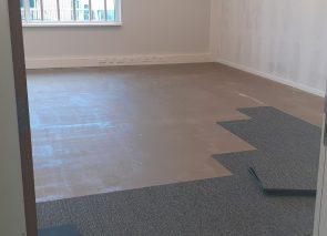Fase 1 is van start, het leggen van tapijt in de kantoorruimtes